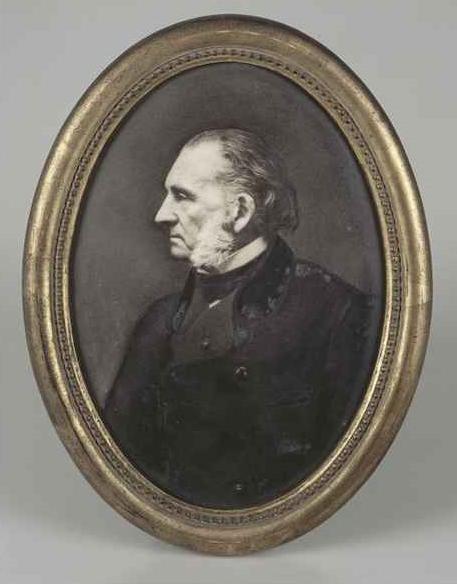 armand trousseau porcelaine portrait profil
